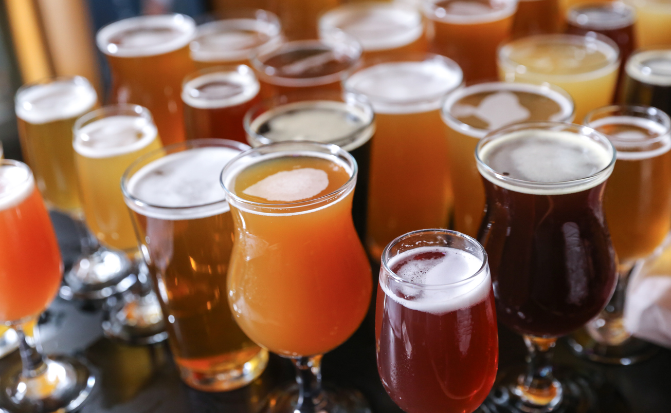 Arlington on Tap Beer & Wine Fest from two itasca place apartments